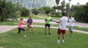 entrenar en grupo aire libre