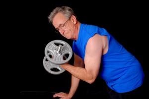 eentrenamiento en personas mayores pesas