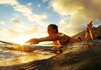 clases de surf con un profesor