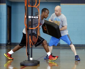 baloncesto con entrenador personal preparador fisico