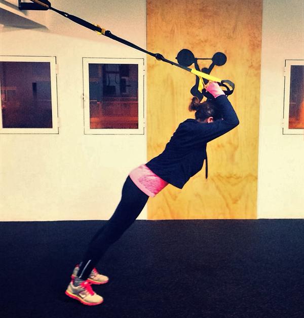 trx ejercicios basicos flexion brazos triceps