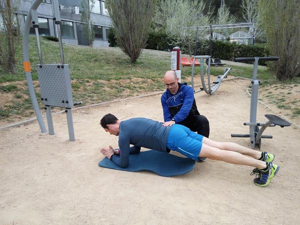 ejercicios abdominales plancha