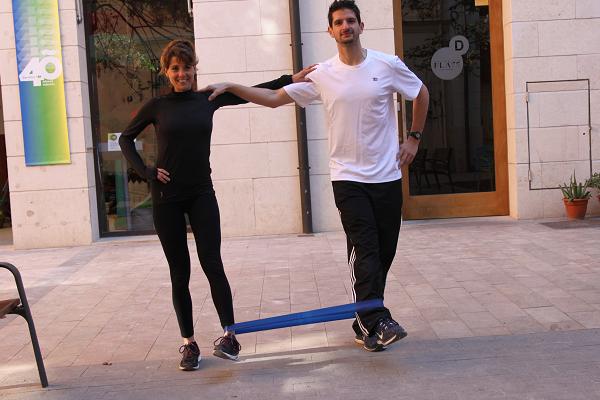 ejercicios con bandas elasticas 4