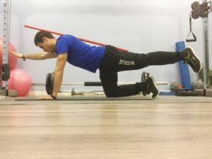 rutinas de gimnasio para hombres plancha