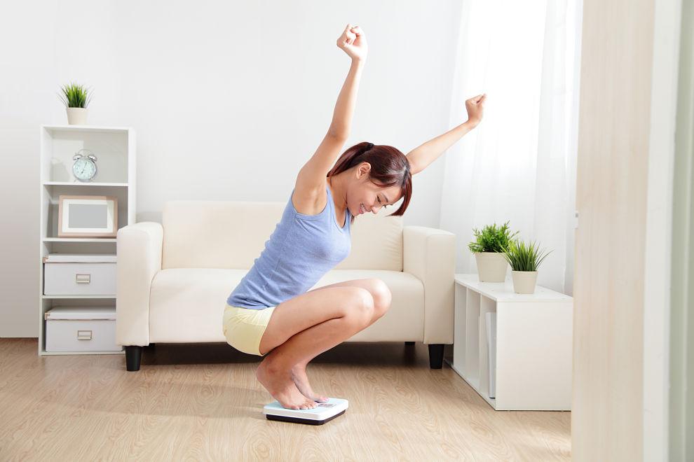 perder peso y perder volumen báscula