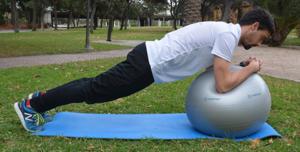 gym ball ejercicio 3 1